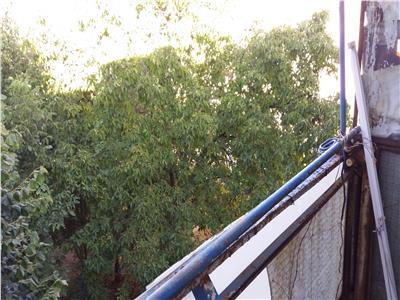 Apartament doua camere de vanzare zona str. Cameliei Nord