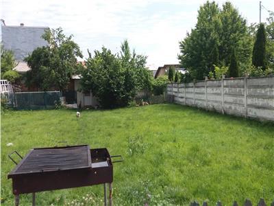 Vila de lux de vanzare zona Piata Anton