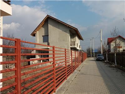 Vila la Tatarani de vanzare la 700 m de fostul Interhome